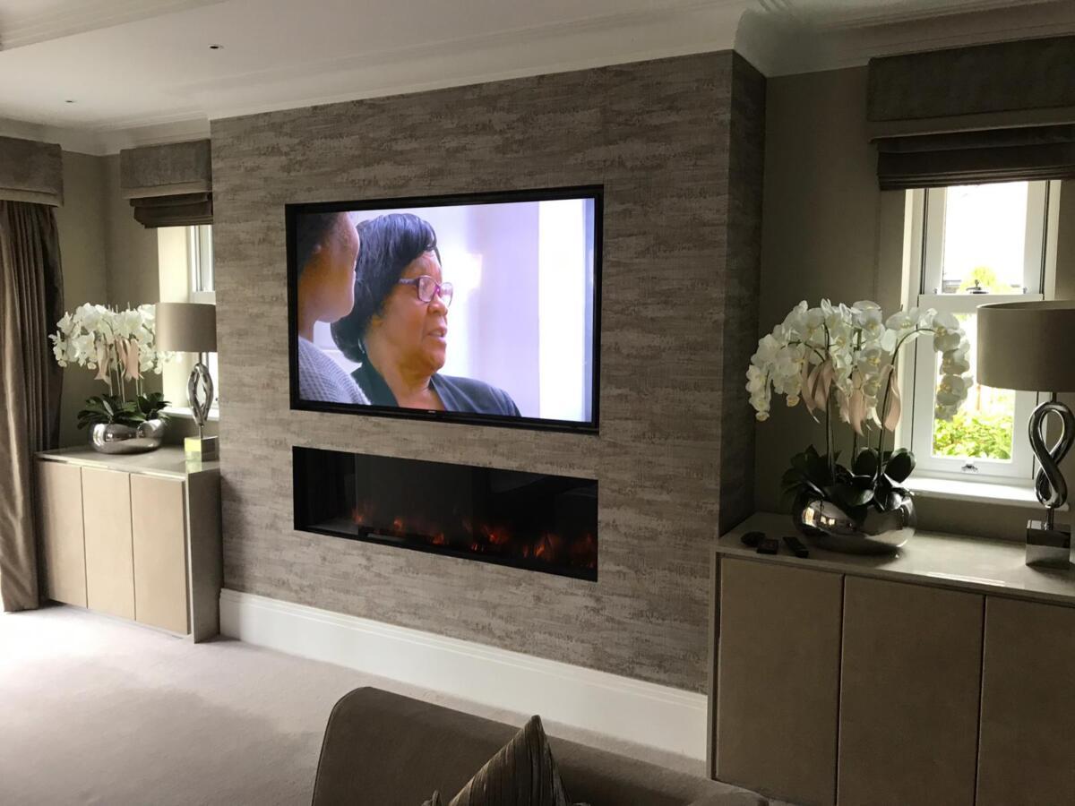 Studio Electric Inset 150R - Tv Above