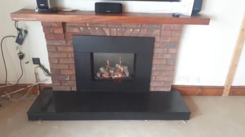Riva2 500 - Slate Slips & Hearth (Modified to Original Fireplace)