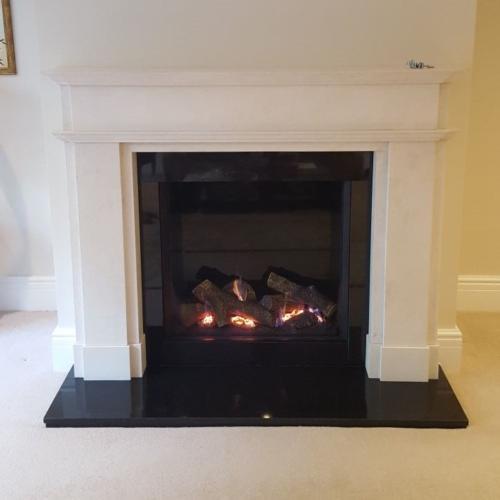 The Milbourne - Riva2 750; Black Glass Lining