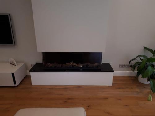 Trisore 140 MKII - Bespoke Granite Shelf